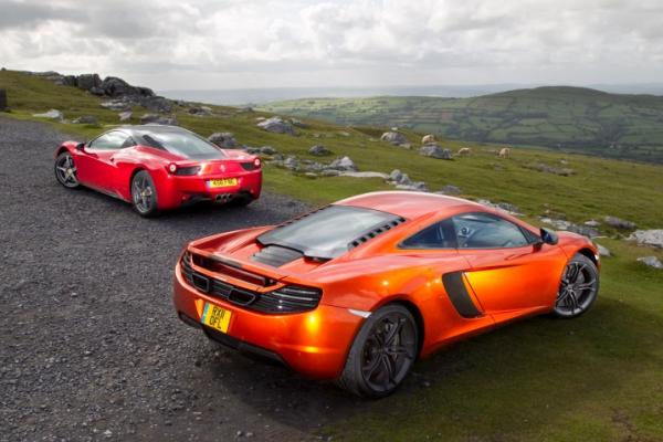 Ferrari 458 Italia vs 2012 McLaren MP4-12C
